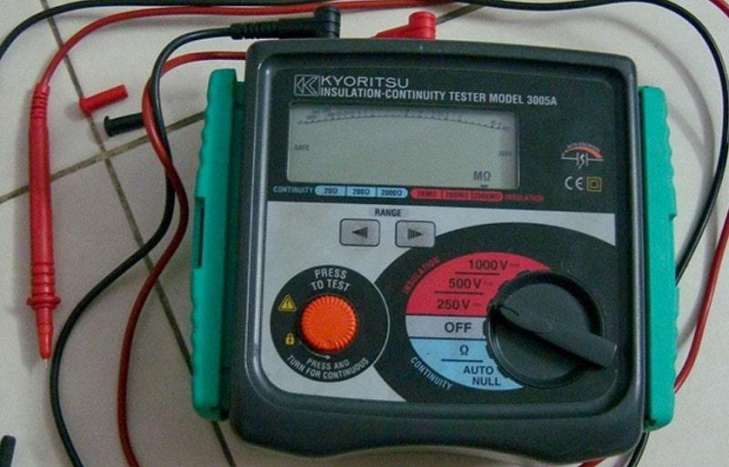 Đồng hồ đo điện trở cách điện Kyoritsu 3005A thiết kế chắc chắn, bền bỉ