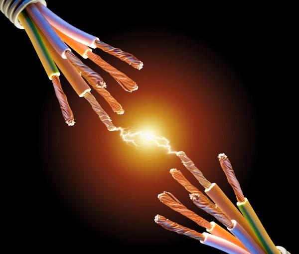 Dòng điện là sự chuyển dời theo hướng xác định của điện tích