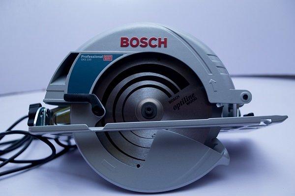 Bosch GKS 235 - ứng dụng mạnh mẽ