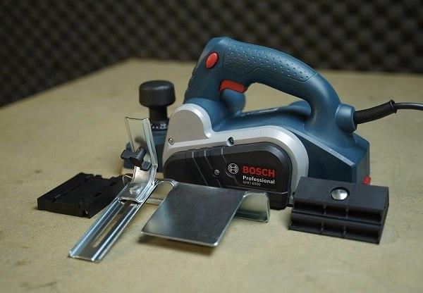 Những lỗi và rủi ro cần biết về máy bào gỗ Bosch