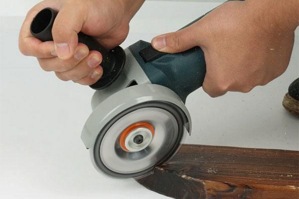 Để chọn máy mài góc để cắt gỗ phải dựa trên nhiều tiêu chí