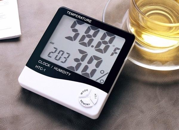 Kiểm soát nhiệt độ, độ ẩm bằng nhiệt ẩm kế HTC-1