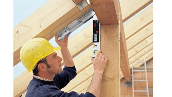 Thước đo góc Bosch DWM 40L là thiết bị đo lường cơ khí mang đến khả năng đo nhanh, chính xác